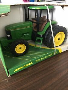 john Deere 7800 tractor Duals 1/16 Scale Collector's Edition Farm Toy Die-Cast