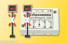 Viessmann 5060 Diagonal Crossing Signs With Flashing Electronics, 2 Piece, H0