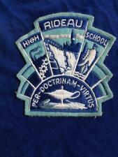 RIDEAU HIGH SCHOOL OTTAWA CANADA DOCTRINAM VIRTUS PATCH VINTAGE SOUVENIR BADGE