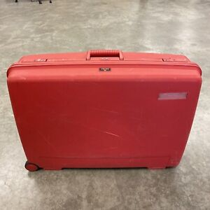 Vintage Delsey Club Hardside Red Rolling Luggage Suitcase29x21x9