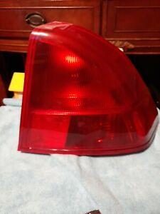 2001-2002 Honda Civic Sedan Right Passenger Tail light