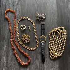 Hochwertiges Konvolut Modeschmuck 8 teilig und 1 Uhr