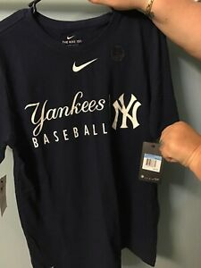 Nike New York Yankees Dri-Fit Practice Tee Size Medium