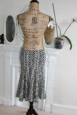 Diane Von Furstenberg Black White Chevron Cotton Stretch Skirt 10 Small Flare S