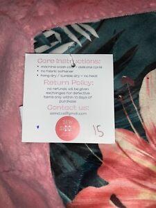 NIP SEW SWEET Minky Designs Tropical Pink Reversible Blanket 55x79