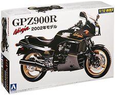 Kawasaki GPZ900R Ninja Model 2002 1/12 ( Aoshima )