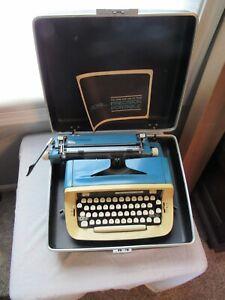 Mid Century Modern Blue Royal Custom III Portable Manual Typewriter FOR REPAIR