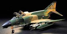 Tamiya Model kit 1/32 McDonnell Douglas F-4C/D Phantom II