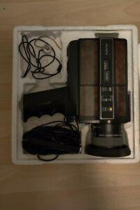 VINTAGE SEARS MACRO/ZOOM SUPER 8 SOUND MOVIE CAMERA w/ Super 8 Sound Projector