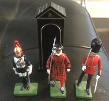 Britain's sentry box with three figures