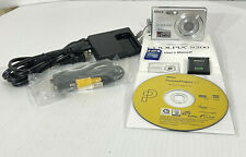 Nikon COOLPIX S200 7.1MP Digital Camera Silver 2 GB SD Card Charger Tested Works