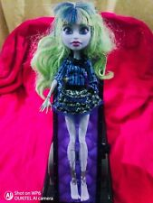 Monster High 13 Wishes Twyla Doll(Missing Hand)