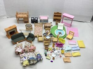 Calico Critters Large LOT Animals Beds Fireplace Kitchen Living Room Accessories