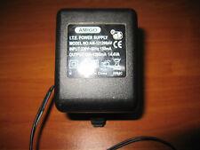 AC Adapter Amigo Model AM121200AV Output 12V ---1200mA
