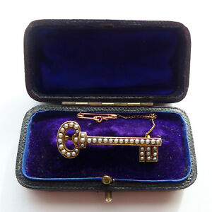 RomanticGold Key Brooch/Pendant 18ct and Pearl  Victorian Key Brooch