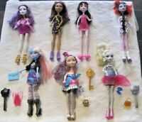Monster High Doll Lot ~ Dolls with original clothes & footwear, jewelry & More!