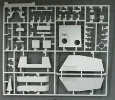 Dragon 1/35th Scale Hornisse Nashorn Early Parts Tree B from Kit No. 6165