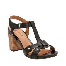 Clarks Women's Banoy Valtina T-strap Sandal 11 M Black Cow Full Grain Leather