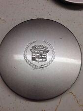 98-05 Cadillac DeVille/ SeVille center cap Sparkle Silver 9593259 Mini Emblem