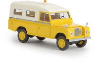 Land Rover 109 geschlossen, gelb, Starmada, H0 Auto Modell 1:87, Brekina 13776