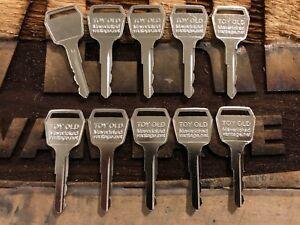 10 FORKLIFT IGNIT KEYS Toyota OLD 57421-22060-71 511416 TOYO416 TOYOLD ELI80-01