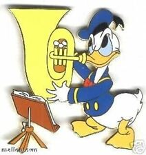 NEW DISNEY OFFICIAL DONALD DUCK PLAYING TUBA BAND MUSIC HORN LE 500 TRADING PIN