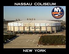 New York - NASSAU COLISEUM - Islanders - Travel Souvenir Fridge Magnet