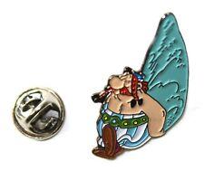 Asterix OBELIX & MENHIR pin 4 x 2.5 cm. Goscinny Uderzo
