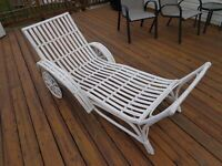 Antique Victorian Wicker Rattan Sun Room Patio Chaise lounge 1800's Rare