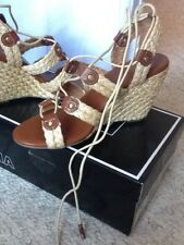 womans size 9 medium Raffia Lace up 4 inch wedge natural color by Mia