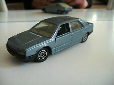 Solido Renault 25 in Bleu on 1:43