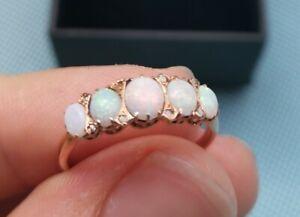 Ring 585 Rotgold  mit opalen und kleinen Diamanten