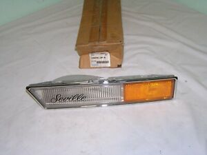 NOS OEM Cadillac SEVILLE Cornering lamp 1986 - 1989 Right Hand 919306