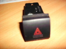 Toyota Avensis 97-03 Hazard switch