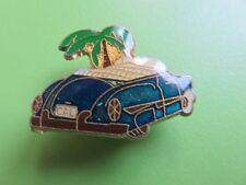 Pin's - 029 - Ancienne voiture Américaine bleu/vert et Palmier - Schell