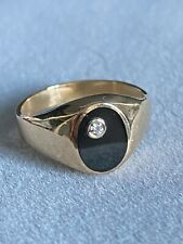 Bague chevalière femme or 750/1000e émaillé noir onyx et diamant