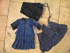 Tenue ancienne de Religieuse en serge bleu marine pour poupée taille 5/6
