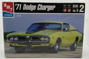 AMT ERTL '72 Dodge Charger 1:25 Model Kit Skill 2 - 2000 - Opened Sealed Bags