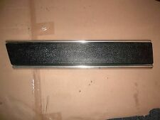 DODGE RAMCHARGER RH QUARTER PANEL LOWER SIDE TRIM MOULDING 81-90 20 INCHES