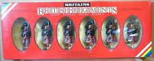 BRITAINS 7241 ROYAL SCOTS GUARD PIPERS SOLDIERS MARCHING x 6 MINT BOXED ne