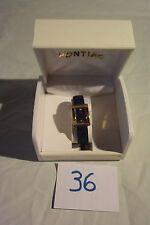 C36 Authentique montre de dame PONTIAC avec son étui
