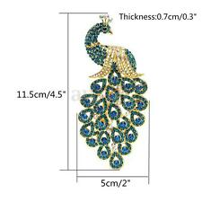 Vintage Alloy Peacock Bird Blue Rhinestone Crystal Bird Gold-plated Brooch Pin