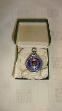 Boxed Sterling argent/émail/or Football Junior Cup watch fob/médaille - 1928