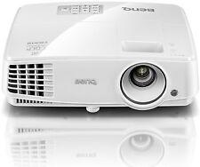 BenQ TH530 Full HD 3D DLP-Projektor (3200 ANSI Lumen, 10000:1 Kontrast) NEUWARE