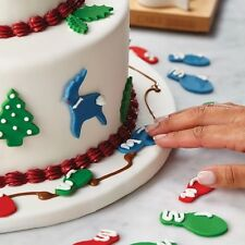 Christmas Cake Decorating Kit 25 Pcs - Various Designs, Cake Boss MSRP $40 (NIB)