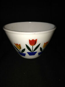 "Fire King TULIP mixing bowl 7 1/2"" milk glass (no mark on bottom)"