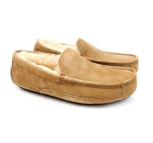 UGG Australia Mens Ascot Chestnut Sheepskin Suede Moccasin Slippers US 9 NEW!