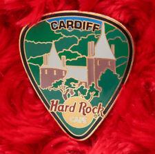 Hard Rock Cafe Pin CARDIFF City GUITAR PICK Series LE200 coch CASTLE facade logo