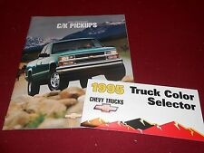 1995 CHEVY C/K PICKUP TRUCK CATALOG + 95 CHEVROLET PAINT COLOR CHIPS BROCHURE