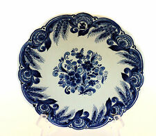 "BEAUTIFUL 9.5"" DELFT BLUE & WHITE FLORAL CABINET PLATE, SIGNED"